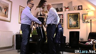 Brit in latex stockings