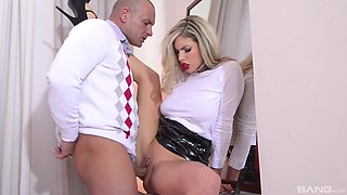 Gorgeous Eva Parcker seduced by a bald man for a sex session