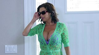 Brazzers - Mommy Got Boobs - Napping Naked sc
