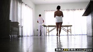 Brazzers - Dirty Masseur -  Oiling Up The Cli