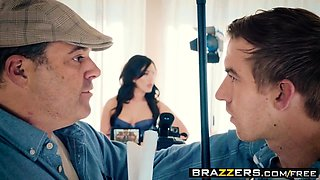 Brazzers - Pornstars Like it Big - Jennifer W