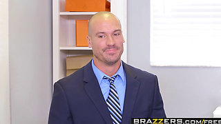 Brazzers   Big Tits at Work   Brittney White and Sean Lawless    My Naked Boss