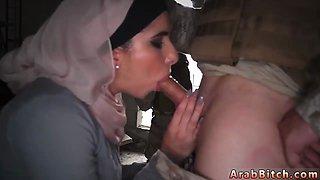 Arab mom sleep Aamirs Delivery