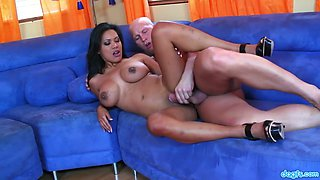 Juggy Philippine babe hooks up with one bald headed dude