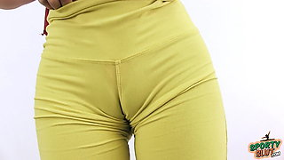 Hot 18 Year Old Puffy Cameltoe and Round Ass in Tight Yoga P