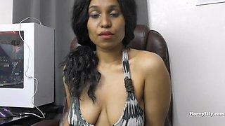 Desi horny secretary pleases her boss