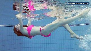 Sexy Wet teen Lera in the pool