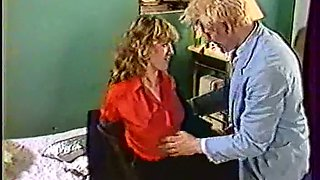 Blonde classic white woman feeds on a dick in 69 style