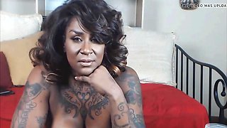 Muscular ebony mature mistress temptress ass clapping