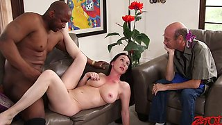 Prince Y v. Rayveness Natural D Cup MILF