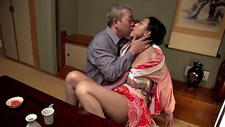 An old man takes the wet cunt of Yuki Tanihara and fills it with cock
