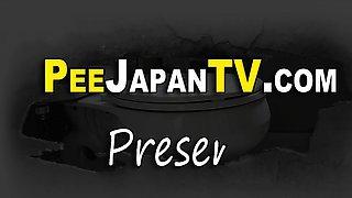 Japanese teen pisses car