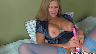 Hot Wife Rio TABOO MOMMY TALK 19_rio blaze