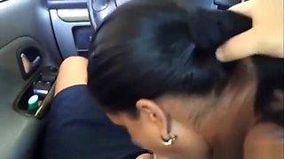 Amateur Hot Girl Sucking in a Car