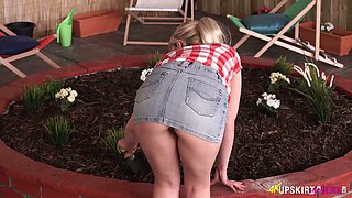 Sexy blonde farmer girl Anna Belle wears no panties