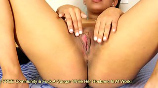Nicole Rey takes her leggins off and rubbing her big pussy lips on yoga carpet
