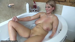 Demi scott chill bath