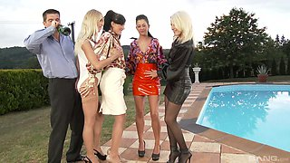 Kitty Jane and her friends pleasure each other until his dick arrives
