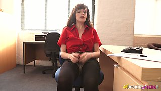Buxom British office slut Kate Anne is ready to tickle her hairy cunt