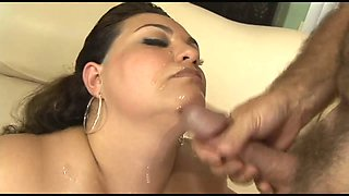 Super BBW housewife enjoys face sitting and pussy pounding