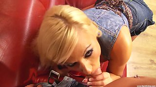 Horny blonde Michelle Thorne loves a dick more than anything