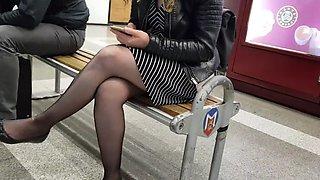 Touching black pantyhose in metro(She noticed)