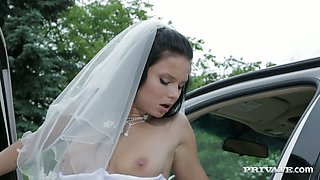 Slutty dark haired bride asked her driver to fuck her hard for the last time