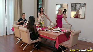 Slutty Whitney Wright shares her husbands cock with two of her friends