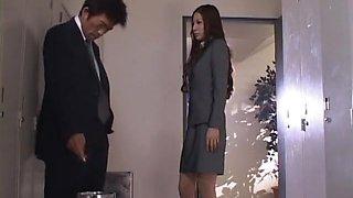 Amazing Japanese girl Anri Suzuki in Exotic Blowjob, Handjobs JAV clip