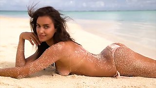 irina shayk raises her sexy tight ass up like a naughty little slut