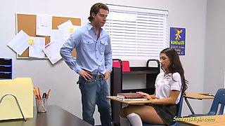 beautiful schoolgirl fuck in classroom