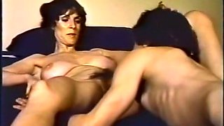 Vintage slim brunette milf lady gives nice blowjob