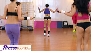 FitnessRooms Teen girls in lycra share steamy threesome in the gym