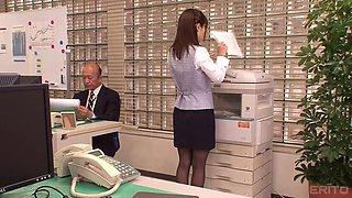 Office sex session with insatiable secretary Minami Kojima
