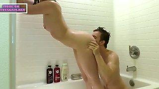 college friends fucking in bathtub