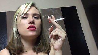 Foureyed girlie sucking massive cock deepthroat in amateur sex tape