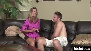 The big gamemom gets rammed by her son