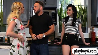 Raven haired bitch sucks off and nailed in the kitchen