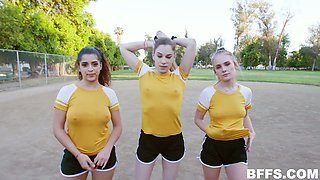 Sporty gal called Natalie Knight is ready for wild MFFF foursome