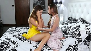 Beautiful babe Melissa Moore has found a girl looking like her for lesbian sex