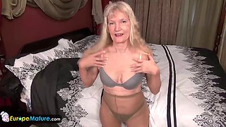 EUROPEMATURE - Granny Cindy in pantyhose gets naughty