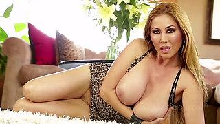 Kianna Dior leopard  titfuck swallow