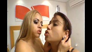 latina lesbians deep kissing