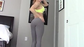 Fit blonde fucks herself with dirty talk