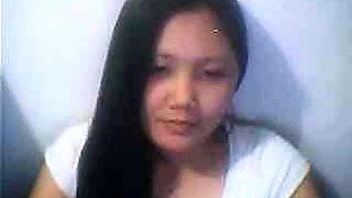 pinay, filipina flashing nice nipple