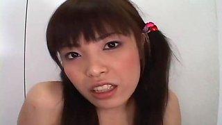 Hairy pussy slut Yurika Goto toy inserting
