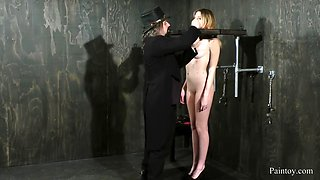 Sweetheart in bondage whipped and screaming