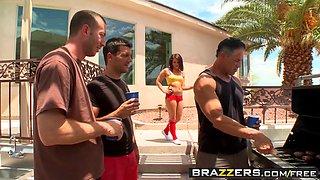 Brazzers - Teens Like It Big - Casey Cumz Jordan Ash and Ramon - Wheres My Shotgun