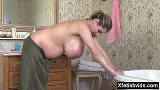 Natural tits pregnant sex and cumshot