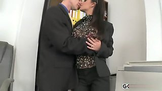 HOT BRUNETTE SECRETARY ANGELICA BLACK GETS OFFICE ACTION